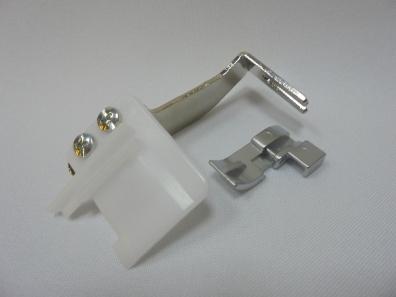 Приспособление с лапкой для пришивания бисера (арт.200214108) 200214108 фото №1